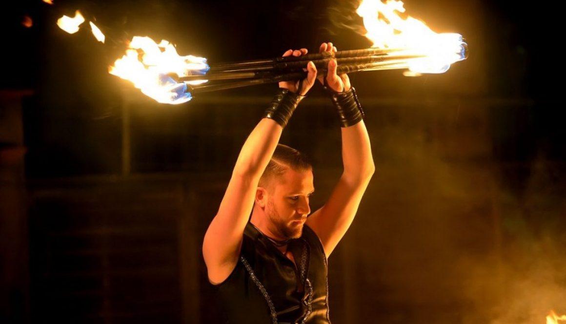 b872c90d109f1 Partner-Boris Seitz-Feuershow-Lichtshow-Pyrotechniker-Illusionist-Techniker- SWAP