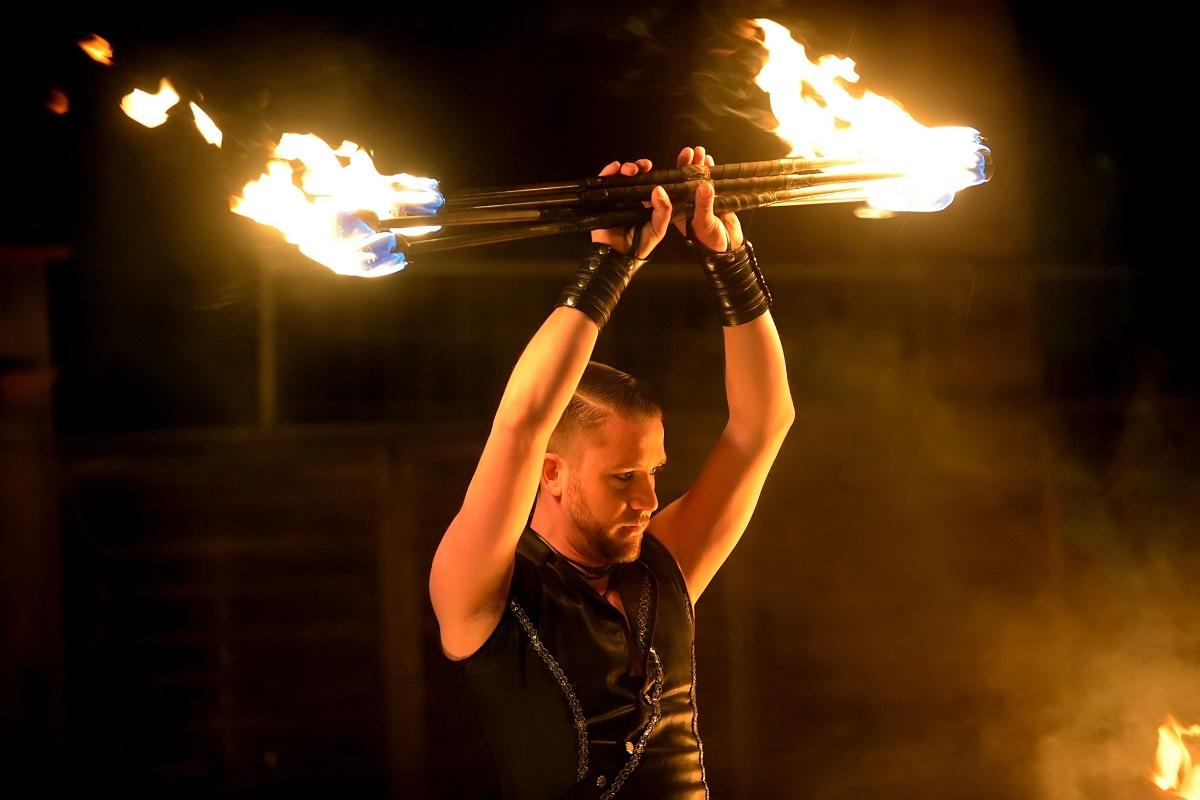 Partner-Boris Seitz-Feuershow-Lichtshow-Pyrotechniker-Illusionist-Techniker-SWAP-Team-Sabrina Wolfram-Heidelberg